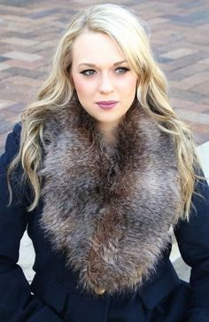 Wrap yourself in pure luxury this Fall & Winter with our amazing high quality Fur Shawl/Shrug! This beautiful piece is simply stunning. It can be worn as a