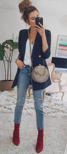 trendy outfit / blazer + white top + bag + jeans + red boots