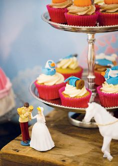 Darling Cinderella Birthday Party // Hostess with the Mostess® Wedding Cakes With Cupcakes, Fun Cupcakes, Birthday Cupcakes, Cupcake Cakes, Themed Cupcakes, Cinderella Cupcakes, Cinderella Birthday, Disney Cupcakes, Girl Birthday