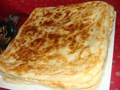 DSC02742 Moroccan Bread, Beignets, Pizza, Cheese, Ethnic Recipes, Food, Pains, Islam, Apple Cakes