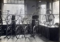 classicvintagecycling: The interior of A. P. de Graaf's bicycle shop in Haarlem, Netherlands, 1916.Nationaal Archief/Flickr