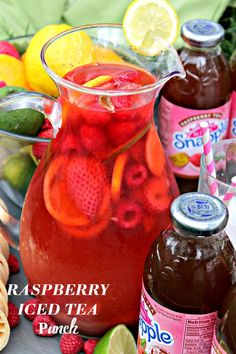 Raspberry Iced Tea Punch – Fresh berries, limeade and Raspberry Iced Tea come together to create this incredibly delicious and refreshing summer Punch drink! Fruit Tea, Fruit Punch, Punch Drink, Refreshing Drinks, Summer Drinks, Fun Drinks, Beverages, Mixed Drinks, Cold Drinks