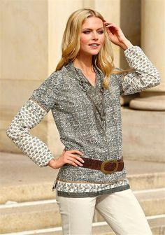Bluse entdecken bei www.ackermann.ch Tunic Tops, Women, Fashion, Blouse, Moda, Fashion Styles, Fashion Illustrations, Woman