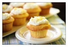 lemon delicious muffins1