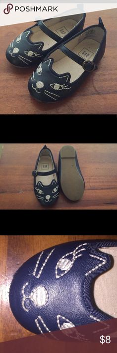 Navy Blue Baby Gap kitty  shoes size toddler 6 Navy Blue Baby Gap kitty maryjane shoes size toddler 6. Great condition! GAP Shoes Dress Shoes