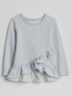 Spring : Gap Baby Cascade Ruffle Pullover Sweatshirt - M Sewing Blouses, Make Your Own Clothes, Baby Kids Clothes, Little Girl Dresses, Pulls, Kids Wear, Baby Dress, Toddler Girl, Kids Outfits