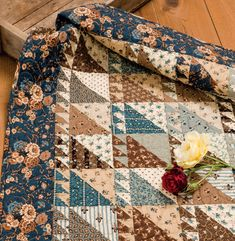 War Legacies II - 17 Small Quilt Patterns for Reproduction Fabrics Martingale - Civil War Legacies IIMartingale - Civil War Legacies II Primitive Quilts, Antique Quilts, Vintage Quilts, Vintage Sewing, Rustic Quilts, Scrappy Quilts, Mini Quilts, Easy Quilts, Quilting Fabric