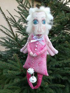 vianočný anjel šťastia Christmas angel of luck Christmas Angels, Christmas Ornaments, Holiday Decor, Christmas Jewelry, Christmas Decorations, Christmas Decor
