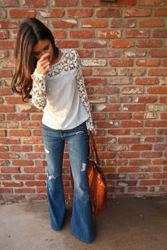 LOVE these jeans and top, cute but comfy and still stylish! Stitch fix spring thru fall fashion trends Flare Jean. Khaki top with lace detail. Stitch Fix Fall Stitch Fix Winter Looks Street Style, Looks Style, Style Me, Style Blog, Look Fashion, Fashion Beauty, Fashion Outfits, Womens Fashion, Fall Fashion
