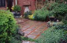 From Jeffrey Gardens. Might be able to duplicate this look with square pavers and some colored rock between? Patio Design, Garden Design, House Design, Landscaping Ideas, Garden Landscaping, Diy Paver, Outdoor Ideas, Outdoor Decor, Paved Patio