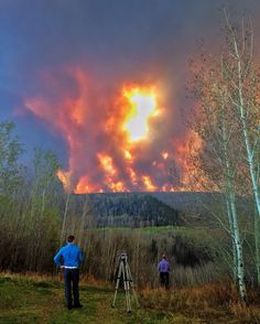Entire population of the Canadian oil sands town of Fort McMurray Alberta has been ordered to evacuate as wildfire whipped by winds engulfs homes and sends ash raining down on residents. (CREDIT: @ben3bennett) #fortmcmurray #alberta #canada #wildfire by abcnews