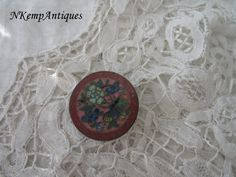 Antique enamel button for the collector by Nkempantiques on Etsy