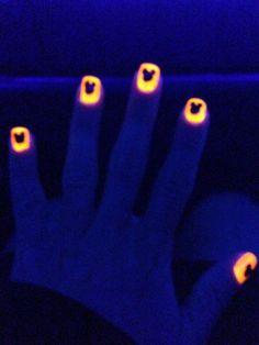 Mickey Halloween Nails