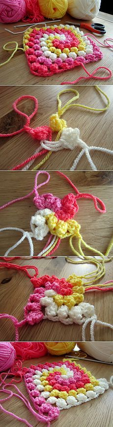 Pattern & quot; & quot ;, boucle spiral bound.  Crochet.