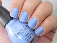 Sinful Colors - Violets are blue (2 coats)