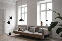 Modular sofa Modular Sofa Collection By Handvärk design Emil Thorup Danish Living Room, Nordic Living Room, Living Room Sofa, Sofa Design, Furniture Design, Copenhagen Apartment, Design Scandinavian, Danish Sofa, Studio Lamp