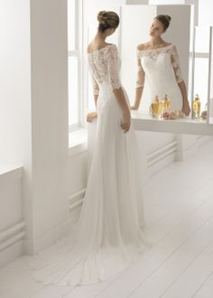 Aire Barcelona Wedding Dresses - Search our photo gallery for pictures of wedding dresses by Aire Barcelona. Find the perfect dress with recent Aire Barcelona photos. Wedding Dress Chiffon, Cute Wedding Dress, Wedding Gowns, Beautiful Bridesmaid Dresses, Bridal Dresses, Aire Barcelona Wedding Dresses, Wedding Gown Gallery, Style Classique, Wedding Dress Pictures