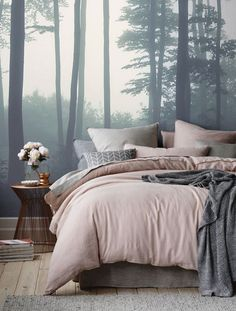 Amazing-Small Bedroom-Decor-Ideas Do you have a small bedroom? Then this is the perfect ideas for you. Great ideas for usefulness Small Bedroom Decor. Gray Bedroom, Trendy Bedroom, Home Decor Bedroom, Bedroom Furniture, Bedroom Ideas, Bedroom Designs, Master Bedroom, Decor Room, Furniture Ideas