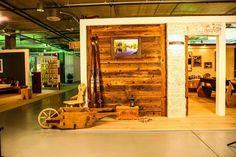 NATUR & DESIGN  Arvenmöbel Massivholzmöbel Innenausbau Innenarchitektur Altholzmöbel Ausstellung in der Bauarena Volketswil