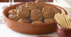 A traditional tapas favourite, meatballs (or albondigas) taste superb with a sweet sauce made from bread, almonds and red capsicum.