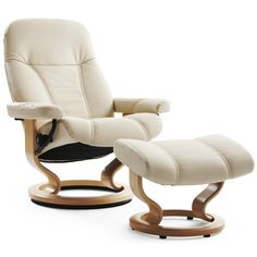 stressless chair  //    I have this exact set in a light tan color for 10 years. I love it and refuse to part with it.