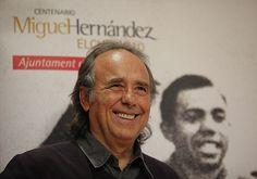 Serrat presentando su trabajo sobre poemas de Miguel Hernández