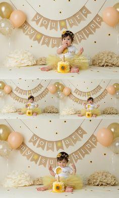 mias first birthday Sunflower Birthday Parties, 1st Birthday Girl Decorations, Birthday Girl Pictures, 1st Birthday Party For Girls, Girl Birthday Themes, 1 Year Birthday Party Ideas, Half Birthday, Birthday Banners, Birthday Photos