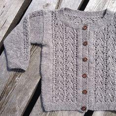 #strikk #strikke #strikking #strikkemamma #babystrikk #barnestrikk #knit #knitting #knitting_inspire #pinneguri #raumafinull #tifostrikk