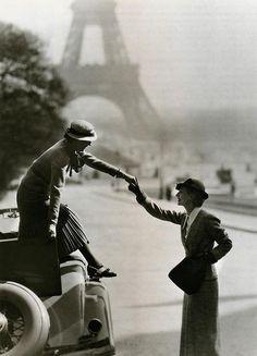 maudelynn:Paris, c.1932, photo by Georges Hoyningen-Huene