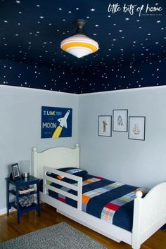 star wars bedroom reveal look at this incredible night sky ceiling the corners of the room completely disappear and the ceiling totally looks like the