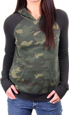 for comfy saturdays // camo hooded sweatshirt $52