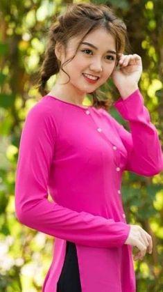 Beautiful Girl Image, Beautiful Asian Girls, Nancy Momoland, Asian Beauty, Cute Girls, Pretty, Vietnam, Dresses, Traditional