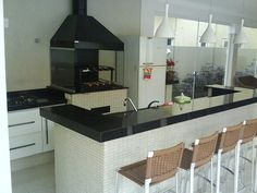 beautiful kitchen. I'd love to do something about it..