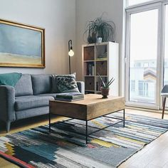 I'm in love with this rug.