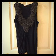 Wet Seal Navy Tank Cute with flower detailing along v-neck! Tops Tank Tops
