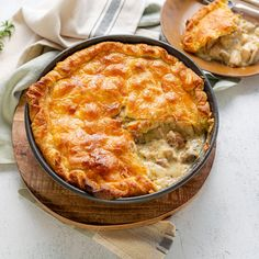 Chicken And Leak Pie, Chicken And Pastry, How To Cook Chicken, Leek Recipes, Vegetarian Recipes, Chicken Recipes, Cooking Recipes, Leek Pie, Savoury Pies