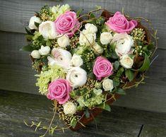 lipstickpink rose, white ranunculus, limegreen hydrangea heart design