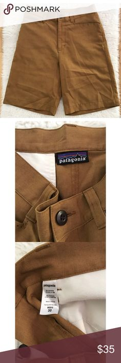 """EUC Patagonia Men Classic Casual Brown Short 30 In excellent pre-love condition tannish brown Patagonia short in size 30. No flaws. Measure approximately almost 22"""" length, 15.5"""" waist, 9"""" inseam, 12"""" rise. ❌No trades or modeling. Open to reasonable offers. Bundle more items together to save more. Thank you‼️ Patagonia Shorts Flat Front"""