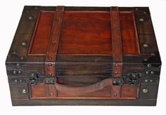 Antique Style Brown  Wooden Suitcase / Box / Hamper / Trunk w Leather Handle