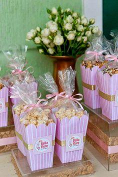 Festa Lançamento Blog Bella Fiore Decor Rosa e Dourado Pipocas Detalhe