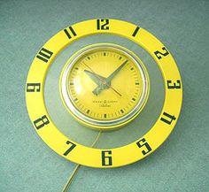 Vintage* GE Telechron Clock