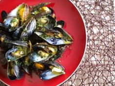A Big Bowl of Garlicky Mussels with Curry Cream - Three Many Cooks