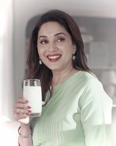 Madhuri Dixit, Bollywood Celebrities, Actresses, Beautiful, Saree, Instagram, Female Actresses, Sari, Saris