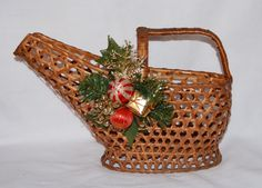 Vintage Wicker Wine Basket Caddy with by TheVintageRoad2Retro, $15.00