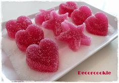 Receta de gominolas caseras Hispanic Desserts, Chocolates, Homemade Sweets, Chocolate Sweets, Fast Easy Meals, Favorite Candy, Candy Party, Food Humor, Jelly Beans