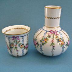 Limoges-Porcelain-Water-Jar-Cup-HandPainted-Flower-Garlands-Bows-Gold-Trim-5-5