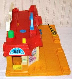 Vintage Fisher Price Main Street - side 1 Jouets Fisher Price, Vintage Fisher Price, Main Street, Maine, Toys, Activity Toys, Games, Toy, Beanie Boos