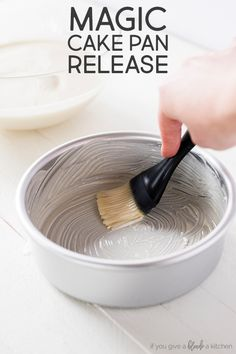Never worry about broken cakes again. This magic cake pan release leaves no crumb behind and you can store it at room temperature for up to three months. Best Dessert Recipes, Cupcake Recipes, Fun Desserts, Delicious Desserts, Cupcake Cakes, Magic Cake Recipes, Icing Recipes, French Desserts, Baking Cupcakes