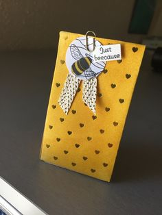 Stampin' Friends Blog Hop, Black, White, and Whatever You Like Theme-- led to bumblebees and Crushed Curry inked gift bag from Paper Pumpkin Adoring Arrows kit