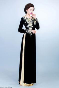 Những mẫu áo dài cho người lớn tuổi đẹp nhất 2015 Vietnamese Traditional Dress, Vietnamese Dress, Traditional Dresses, Modest Fashion, Hijab Fashion, Fashion Dresses, Ao Dai, Hijab Stile, Oriental Dress